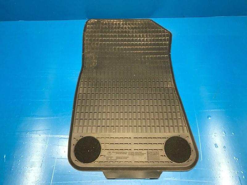autobahn parts body bmw  series     oem rubber floor mats schwarz black