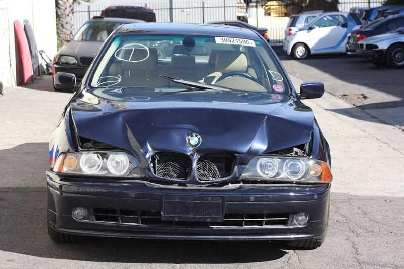 Autobahn Parts - BMW, 5 Series, E39, 530i, 2001 BMW 530i