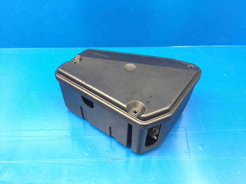 Autobahn Parts Electrical Porsche 911 964 Oem Engine Bay Fuse Box Assembly 96461015100